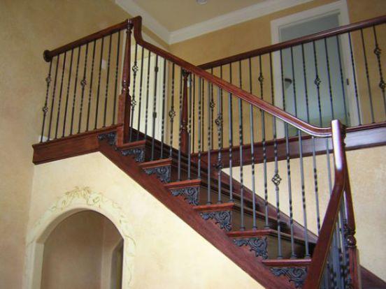 Mẫu cầu thang sắt tay vịn gỗ đẹp -> Hình 9