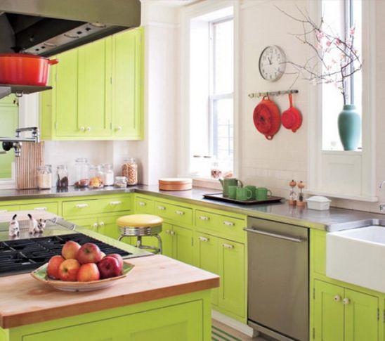 Gợi Ý 10 Mẫu Tủ Bếp Với Màu Xanh Lá Cây Thoáng Mát Cho Nhà Bếp
