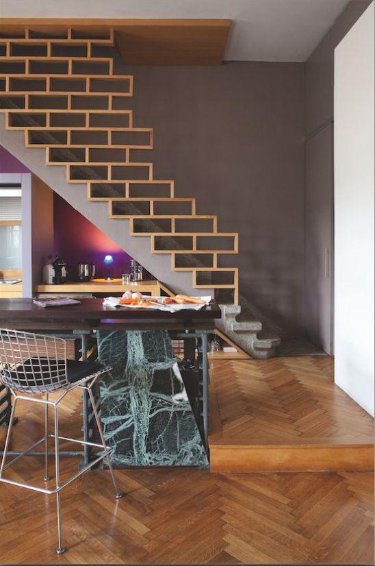 Một số mẫu thiết kế phòng khách có kết hợp cầu thang - Mẫu 2