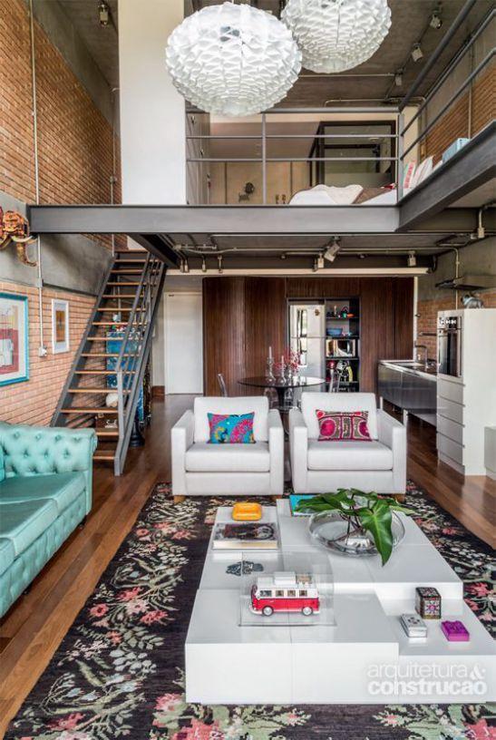 Một số mẫu thiết kế phòng khách có kết hợp cầu thang - Mẫu 9