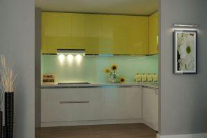Lựa chọn số 1 với mẫu tủ bếp Acrylic cho nhà chung cư nhỏ